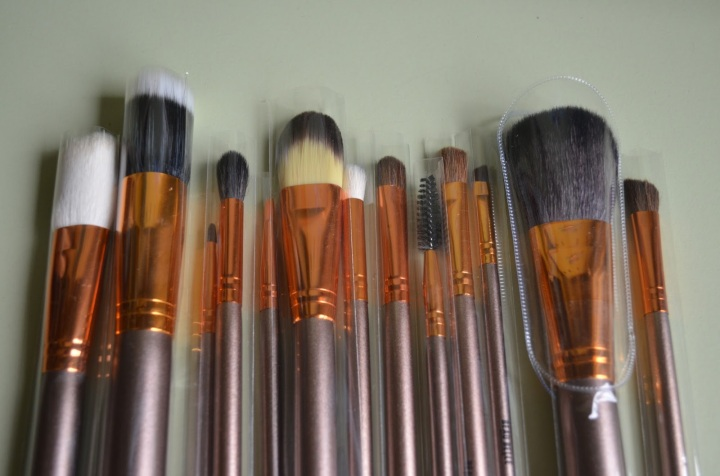 New Beauty Find: Beau Belle Make Up Brushes:Review