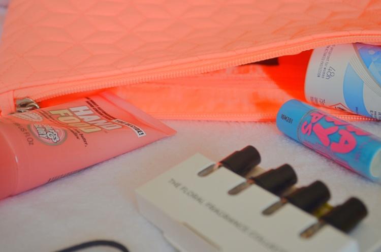 Handbag Beauty Essentials 4