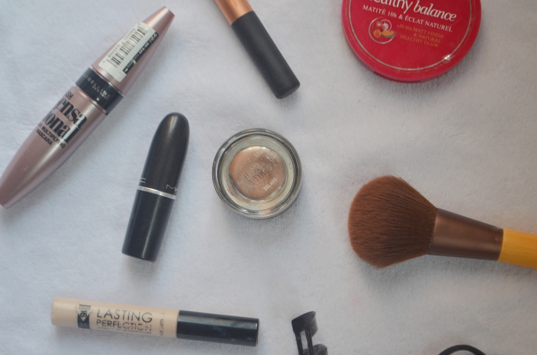 Minimal Makeup Flatlay
