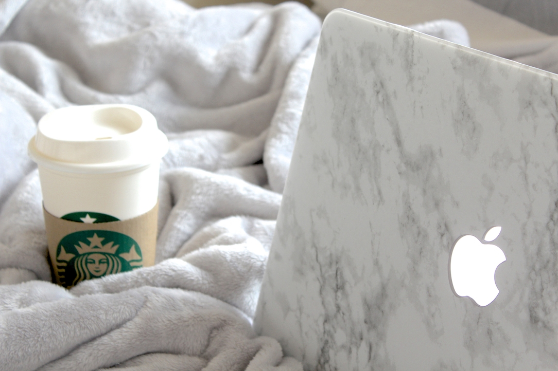 3-The-Marble-Laptop-Case