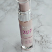 New: Bourjois Sculpt and Light