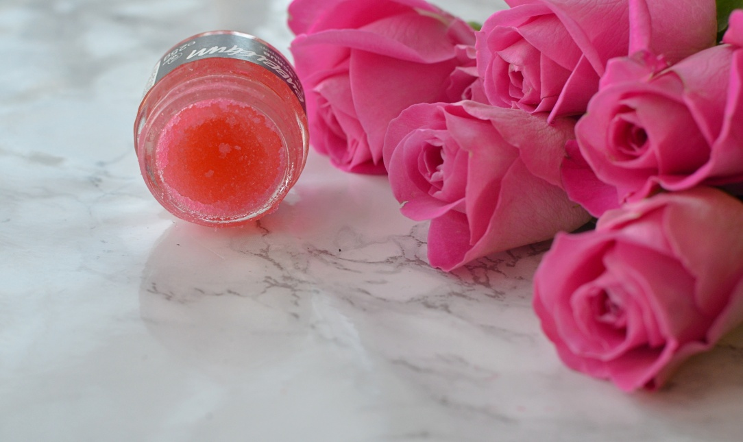 lush-bubblegum-lip-scrub-1