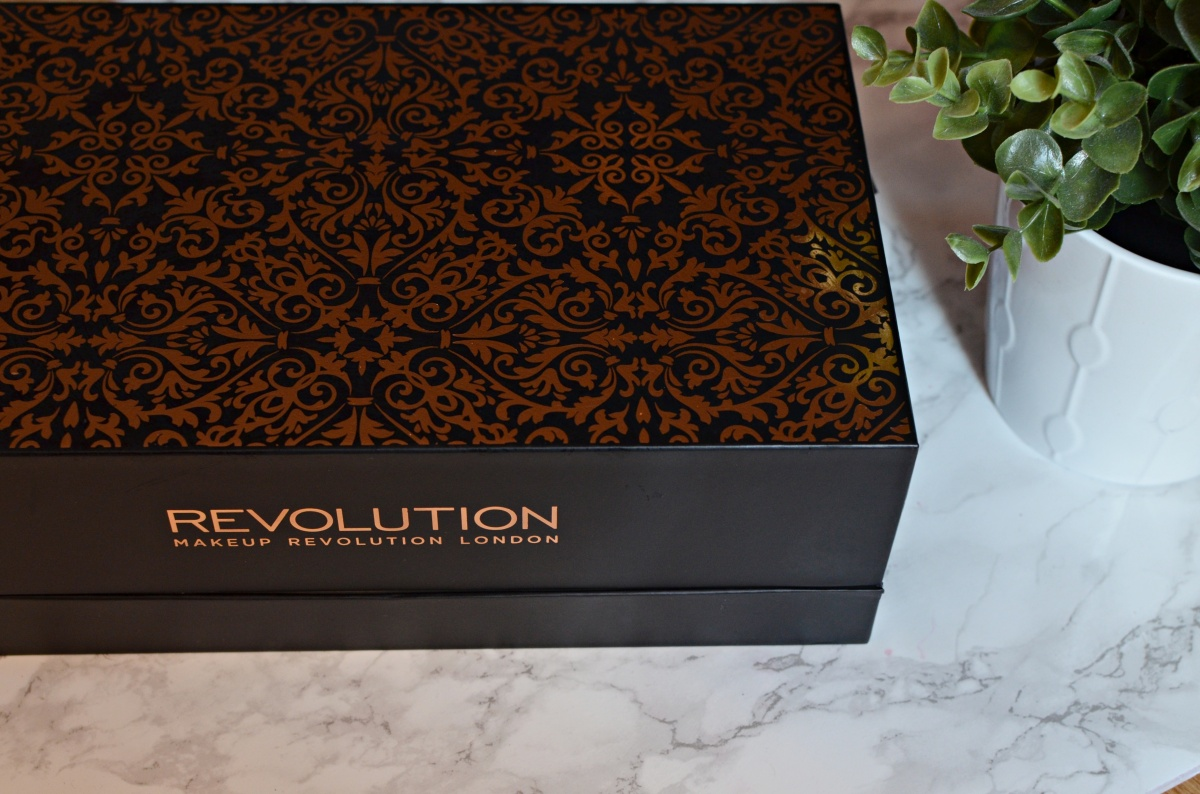 Haul | Makeup Revolution 12 Days of Christmas Storage Chest