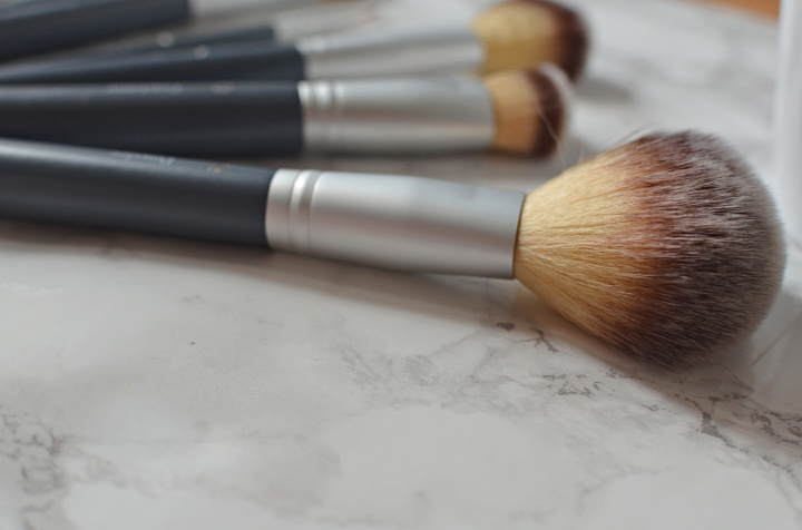 B Makeup Brushes 2