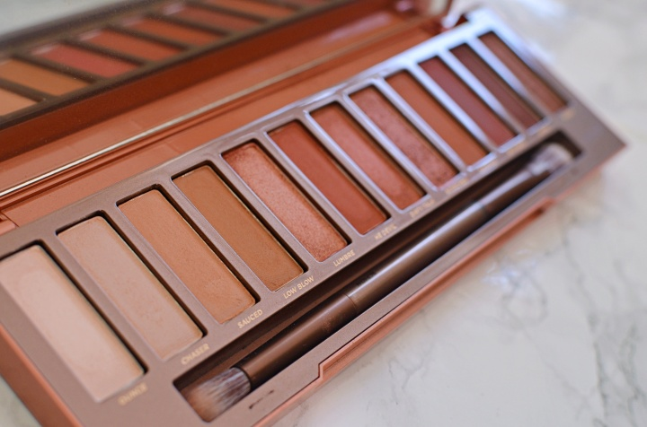 Urban Decay Naked Heat 1