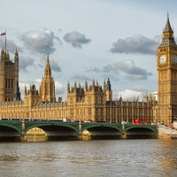 10 Places I Want to (Re)Visit in the UK