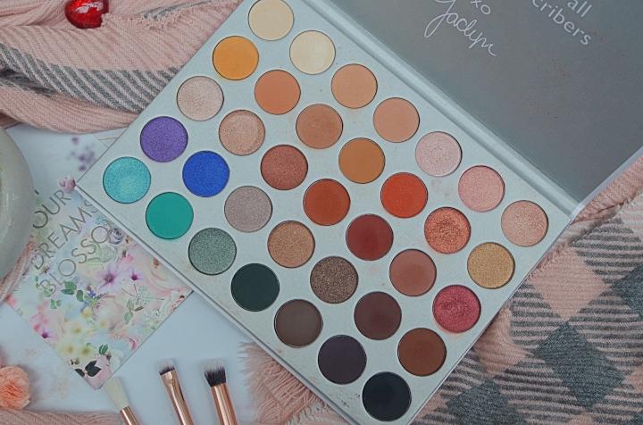 favourite eyeshadow palettes 1