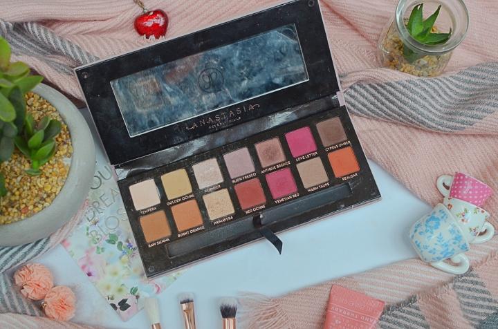 favourite eyeshadow palettes 9