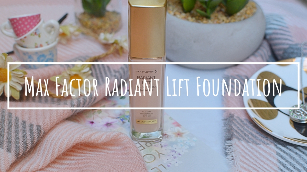 New | Max Factor Radiant Lift Foundation