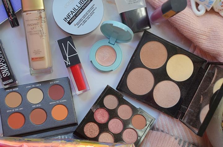 Makeup Bag 4